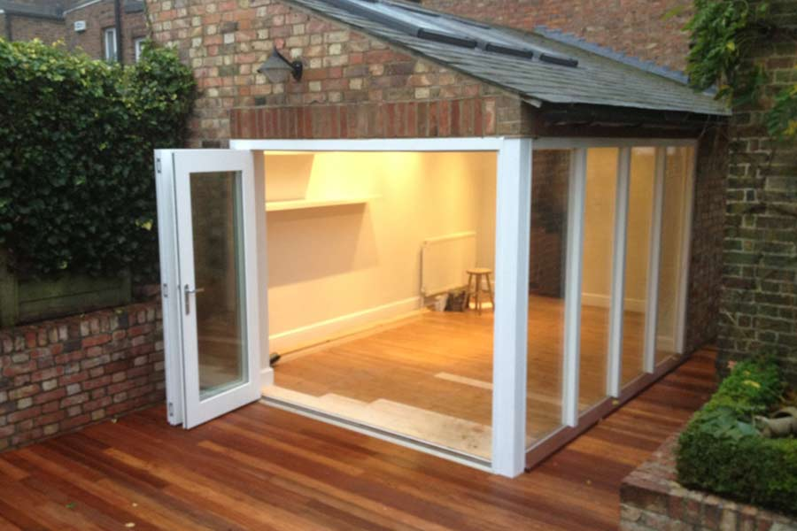 outside view of a garden room in Sevenoaks Kent