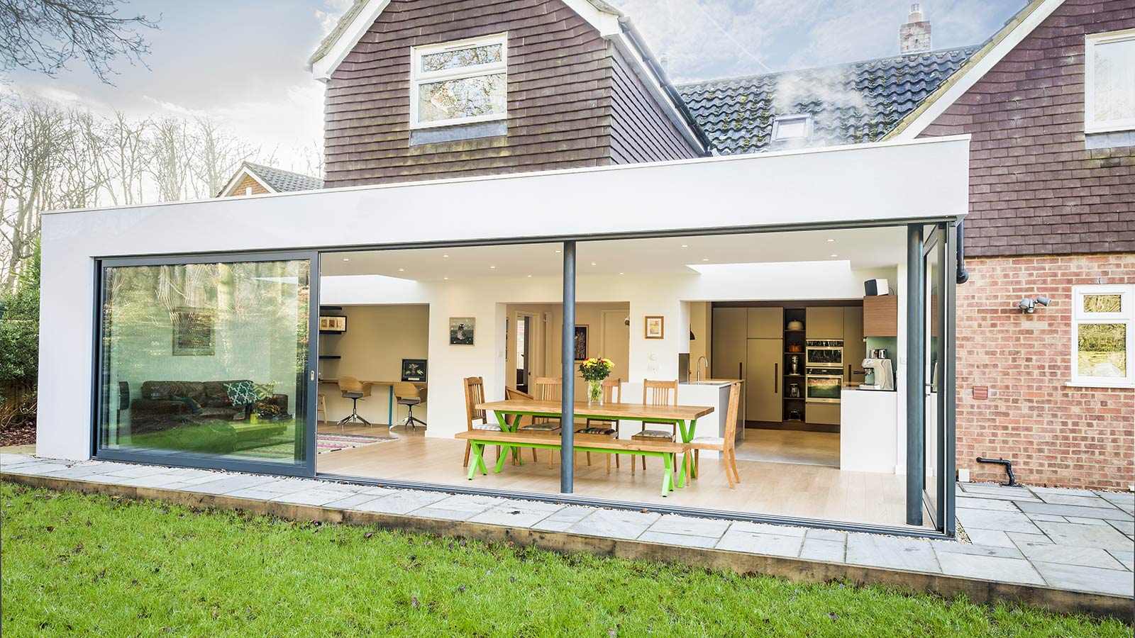 house extension in Kent with aluminium sliding doors