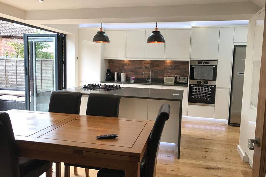 kitchen extension aluminium bi folds